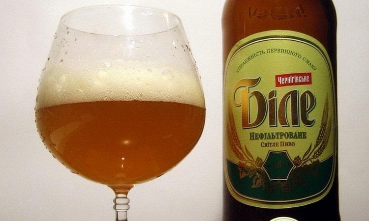 Особенно приятный вкус у пива Черниговское белое нефильтрованное.