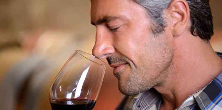 Аромат армянского вина и его неколебимость